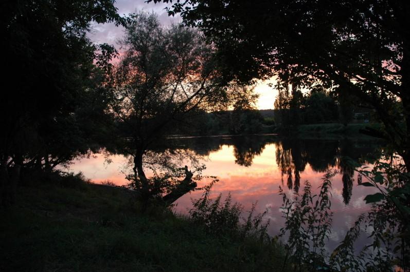 Location de vacances - Gîte à Badefols-sur-Dordogne - Coucher de soleil romantique
