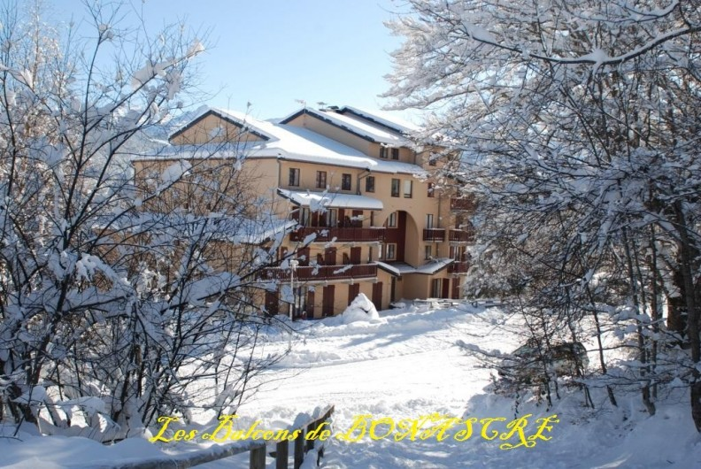 Location de vacances - Appartement à Ax-Bonascre (le Saquet) - La résidence LES BALCONS DE BONASCRE en hiver