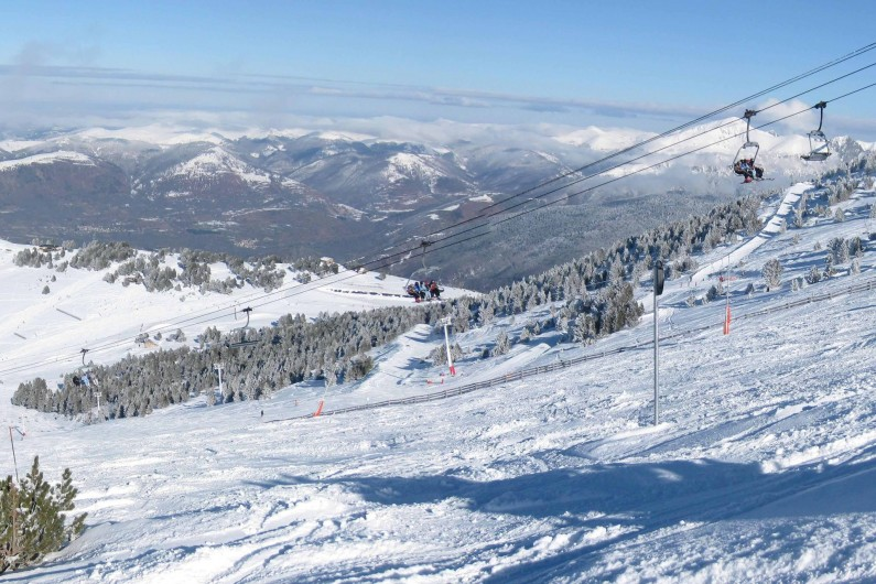 Location de vacances - Appartement à Ax-Bonascre (le Saquet) - 2ème domaine skiable : Le Saquet
