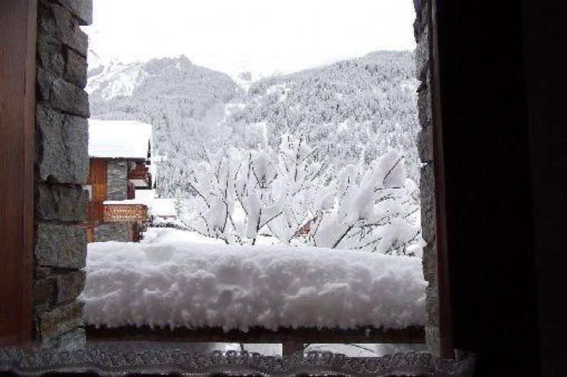 Location de vacances - Chalet à Champagny-en-Vanoise - Vue sud hiver depuis le coin repas