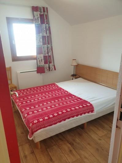 Location de vacances - Appartement à Valmeinier 1800 - chambre double