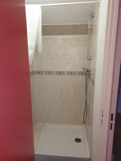 Location de vacances - Appartement à Valmeinier 1800 - Salle de douche