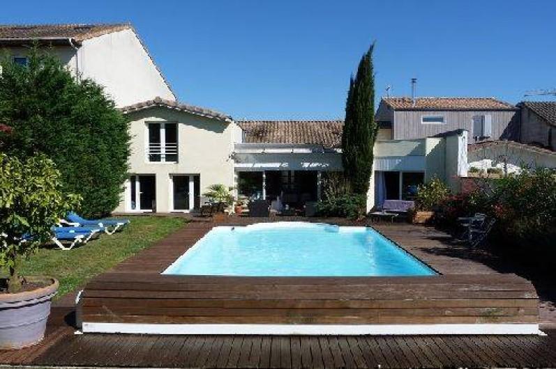 Location De Vacances   Villa à Bordeaux