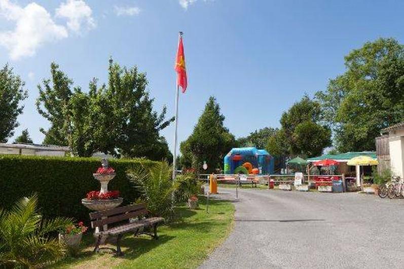 Location de vacances - Camping à Dragey-Ronthon