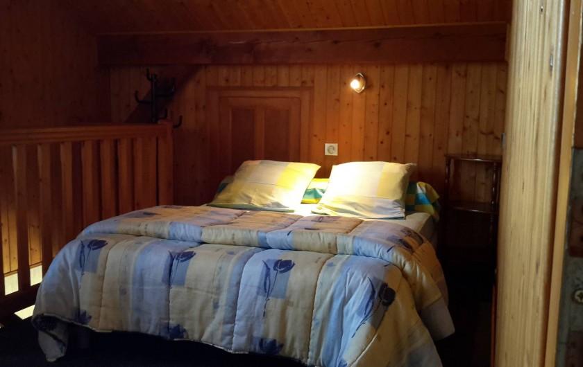 Location de vacances - Chalet à Taninges - MONT-CALY N°2 Mezzanine - couchage double
