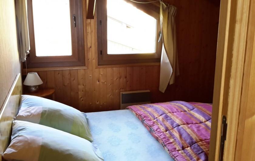 Location de vacances - Chalet à Taninges - MONT-CALY N° 1 Chambre - couchage double