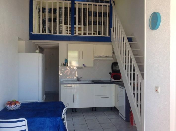 Location de vacances - Appartement à Le Barcarès - cuisine