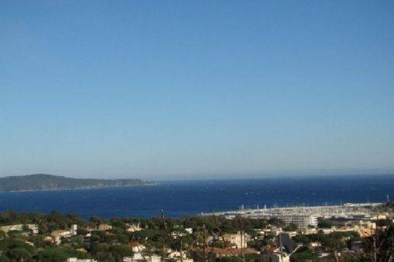 Location de vacances - Appartement à Cavalaire-sur-Mer - Vue panoramique