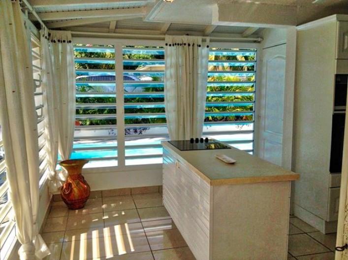 Location de vacances - Villa à Saint-François - Salon avec TV HD et canalsat