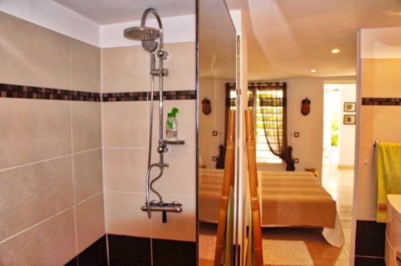 Location de vacances - Villa à Saint-François - Salle de bains chambre 2