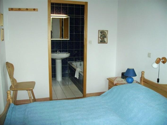 Location de vacances - Villa à Biscarrosse Plage - Chambre 1 avec sall de bain 1