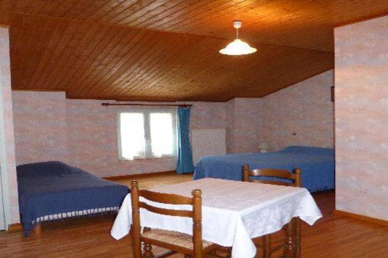 """chambres d'hôtes """"aux sources de la meuse"""" à pouilly en bassigny"""