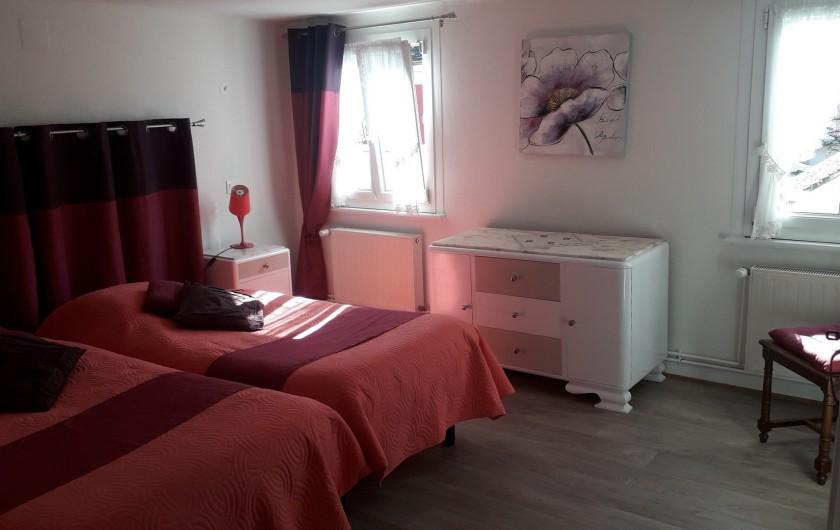Location de vacances - Chambre d'hôtes à Eguisheim - Chambre avec 2 lit  jumeaux dans le  Gite de Tante Line