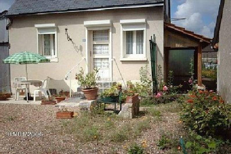 Location de vacances - Gîte à Pontlevoy - Les Roses( côté cour)