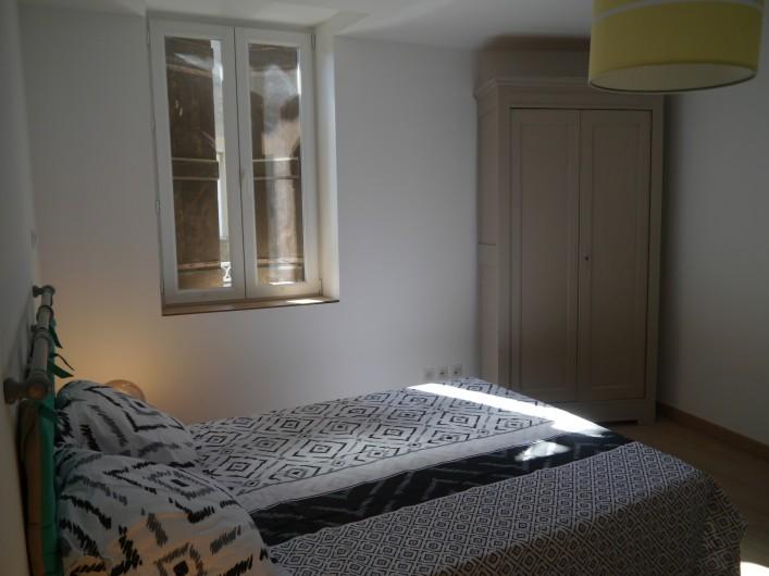 Location de vacances - Appartement à Saint-Paulet-de-Caisson - chambre2