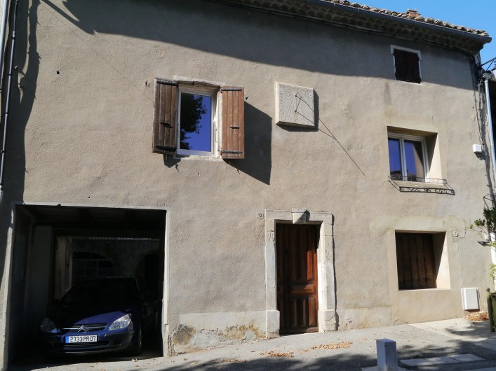 Location de vacances - Appartement à Saint-Paulet-de-Caisson - entrée