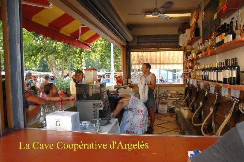 Location de vacances - Appartement à Argelès-sur-Mer - La cave coopérative