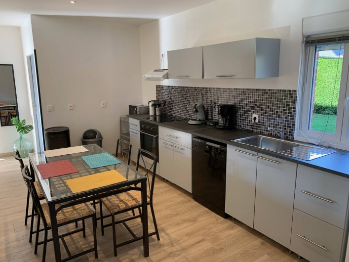 """Location de vacances - Gîte à Helfaut - coin cuisine """" le grand bois"""""""