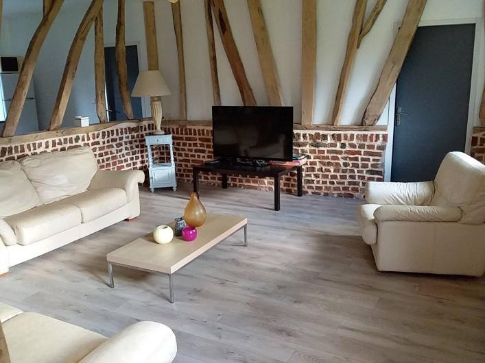 """Location de vacances - Gîte à Helfaut - salon séjour """" le grand bois"""""""