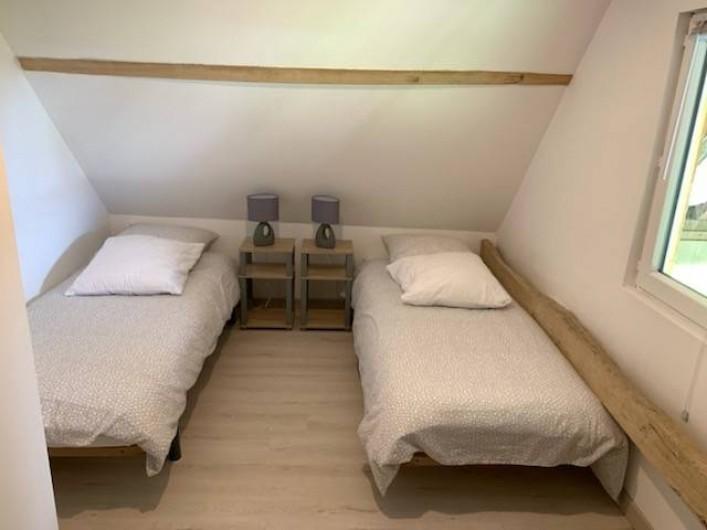 """Location de vacances - Gîte à Helfaut - chambre 3 """" le grand bois"""""""