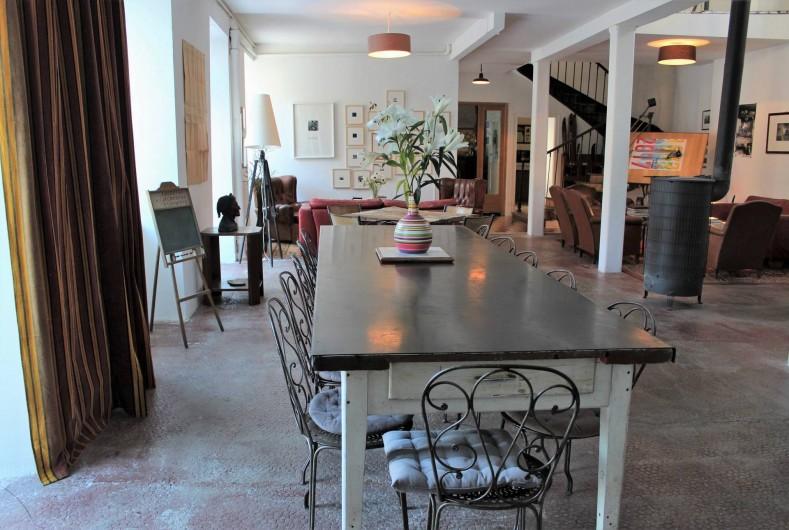 Location de vacances - Chambre d'hôtes à Aubrac - La salle a manger/ salon