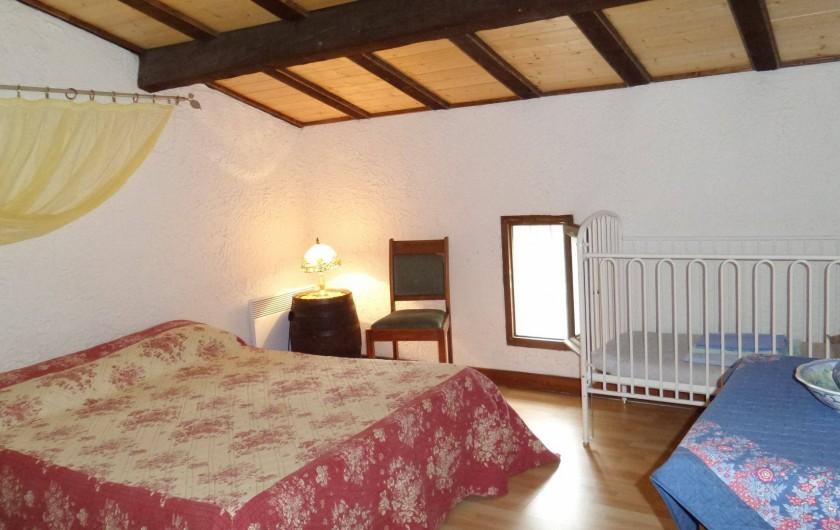 Location de vacances - Villa à Draguignan - Vue de la chambre N°2