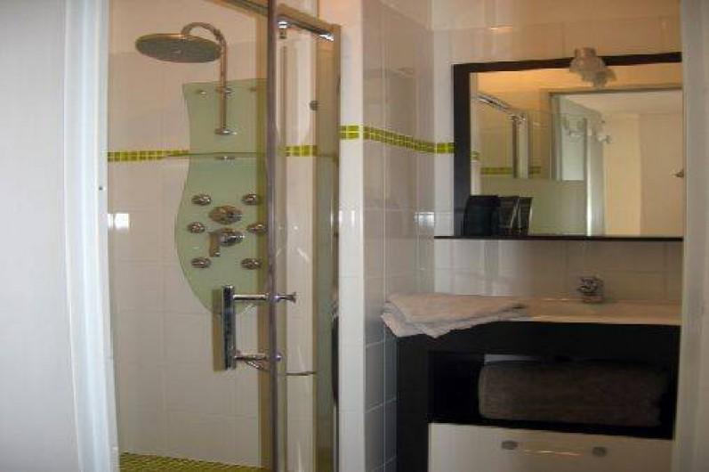 Location de vacances - Maison - Villa à Hourtin - Cottages Hourtin*** salle de bain