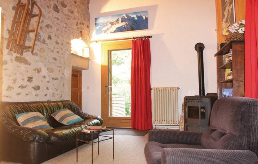 Location de vacances - Appartement à Le Monêtier-les-Bains - Le salon vu du coin lecture