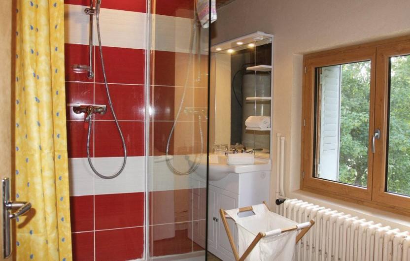 Location de vacances - Appartement à Le Monêtier-les-Bains - salle de bain