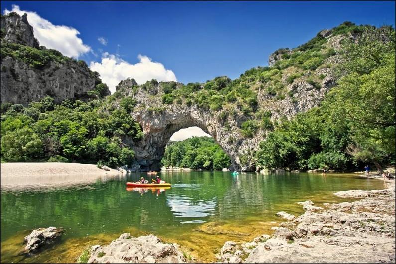 Location de vacances - Gîte à Grospierres - Le pont d'Arc