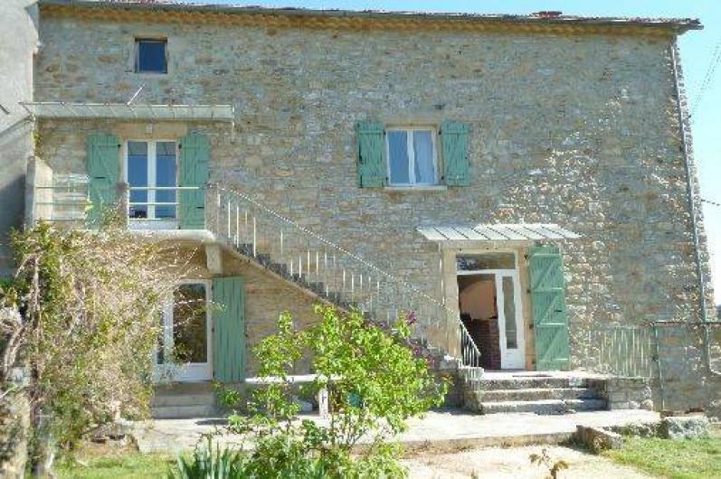 Location de vacances - Mas à Saint-Paul-le-Jeune - vue de la maison