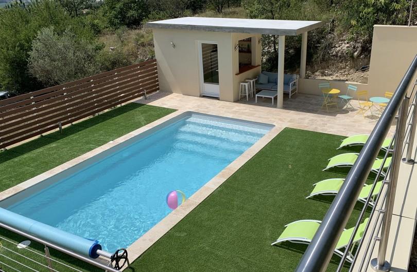 Location de vacances - Villa à Barjac - Piscine