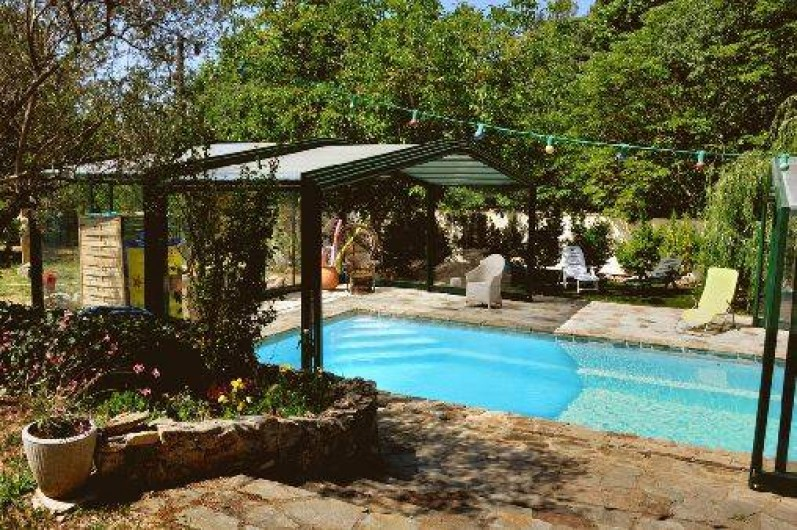 Location de vacances - Chambre d'hôtes à Cuers - piscine découverte