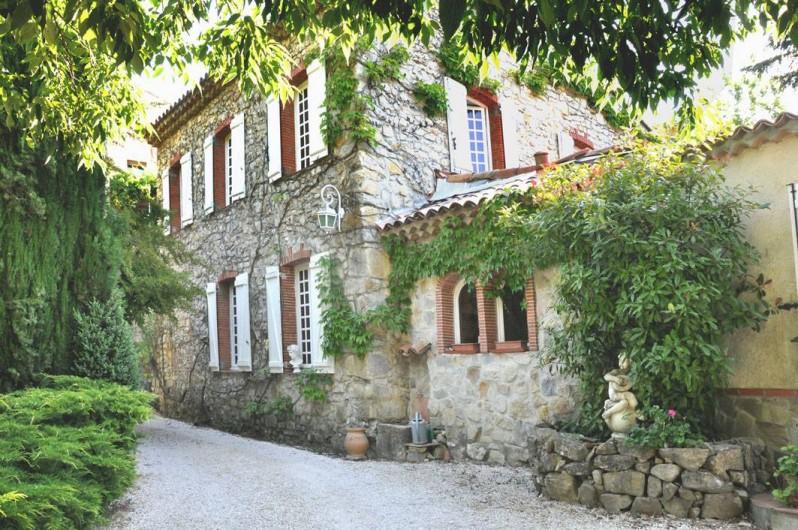 Location de vacances - Chambre d'hôtes à Cuers - le bastidon