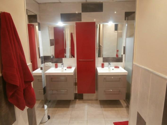 Location de vacances - Villa à Saint-Gilles les Bains - les doubles vasques