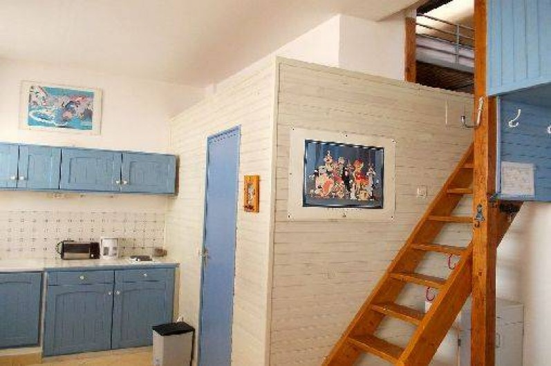 Location de vacances - Studio à Bandol - vers la mezzanine