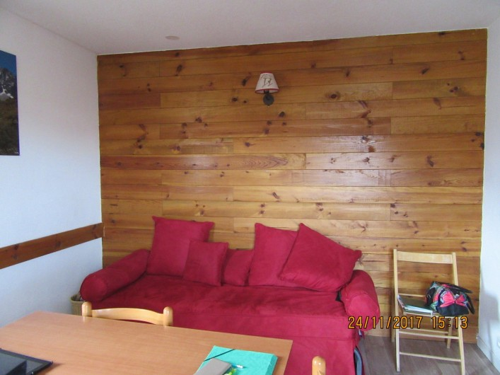 Location de vacances - Appartement à Saint-Sorlin-d'Arves - canapé convertible en 2 lits juxtaposés dans le séjour