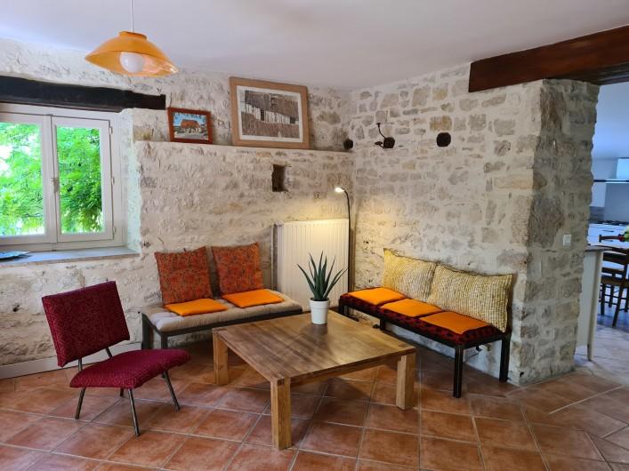 Location de vacances - Gîte à Mechmont - petit coin convivial
