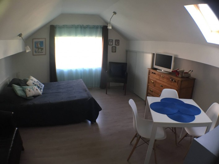 Location de vacances - Villa à Aix-les-Bains - La pièce à vivre du studio 5