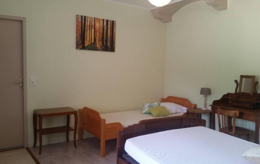 Location de vacances - Gîte à Plasne - première chambre