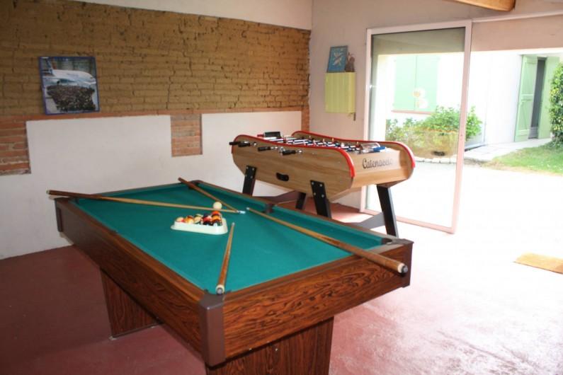 Location de vacances - Gîte à Lafrançaise - La salle de jeux privative à votre gîte. Baby foot, billard.