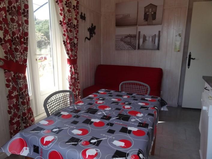 Location de vacances - Appartement à Le Lavandou - Séjour