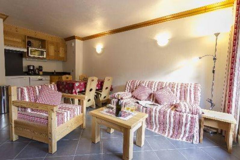 Location de vacances - Appartement à Lanslebourg-Mont-Cenis - Séjour : coin salon