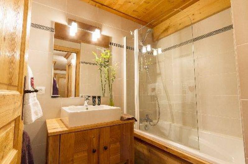Location de vacances - Appartement à Lanslebourg-Mont-Cenis - Salle de bains