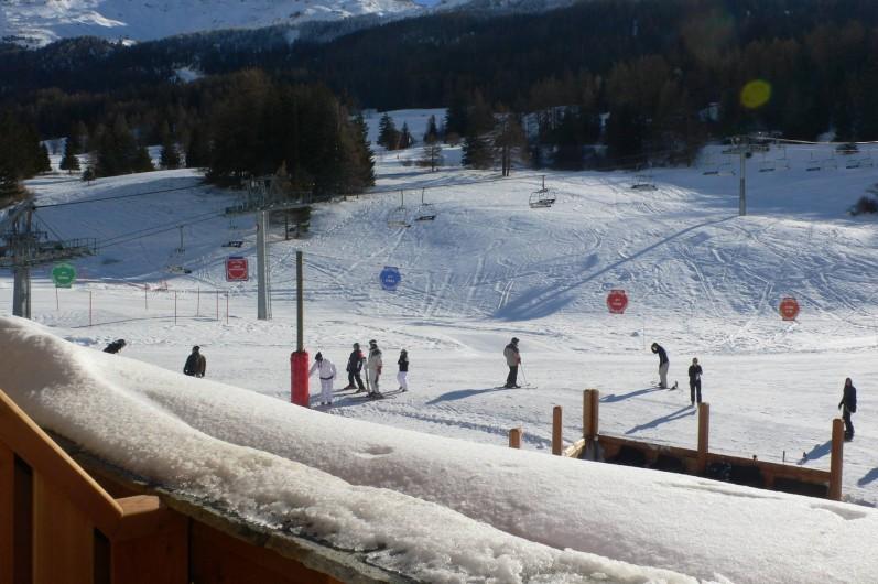 Location de vacances - Appartement à Lanslebourg-Mont-Cenis - Télésiège et départs ESF au pied de la résidence
