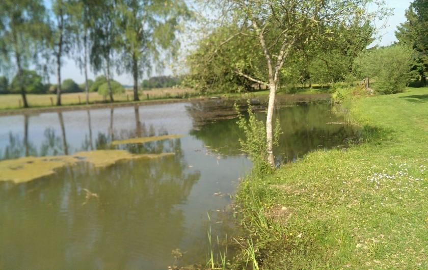 Location de vacances - Gîte à Chantraines - Etang à 1 km du gîte