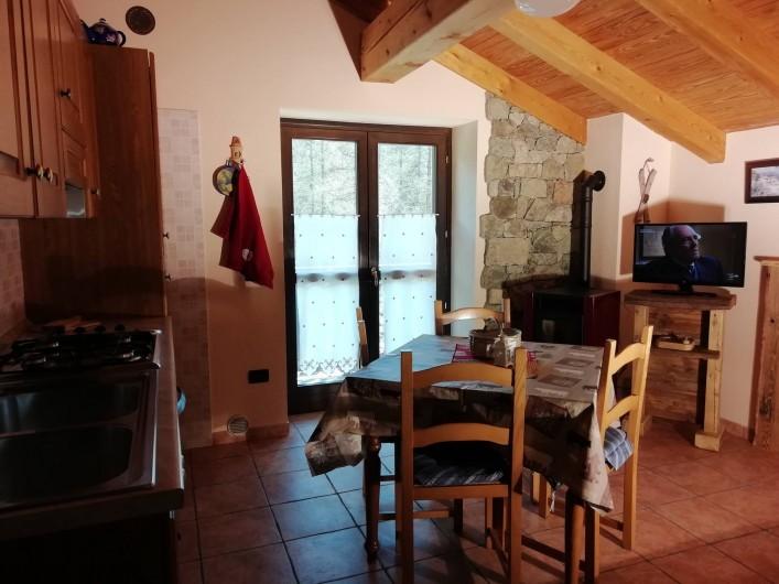Location de vacances - Appartement à Bionaz - Mansarde cuisine