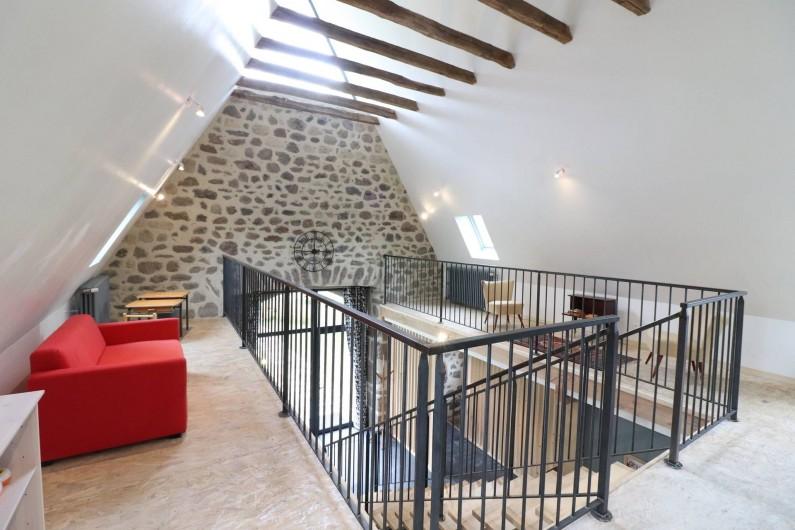 Location de vacances - Gîte à Vic-sur-Cère - Mezzanine détente