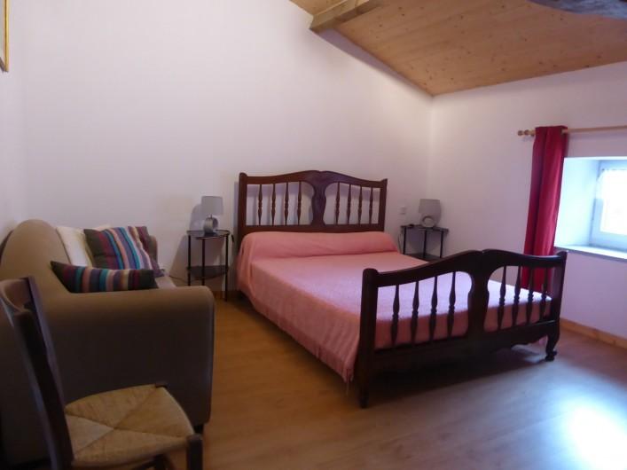 Location de vacances - Maison - Villa à Moncoutant-sur-Sèvre - Chambre Etage Coté Jardin