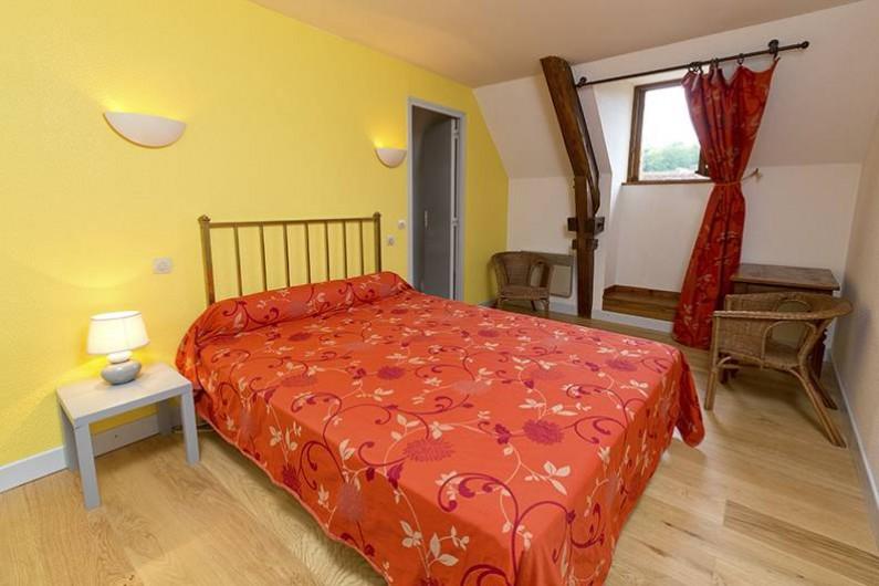 Location de vacances - Gîte à Loubressac - Une salle d'eau par chambre.